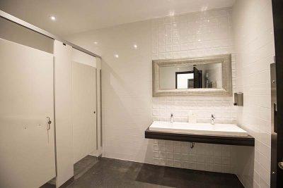 Salle de bain du Complexe Funéraire du Haut-Richelieu