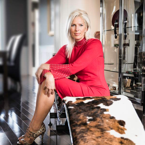 La designer Julie Labelle, designer senior chez Signé Labelle