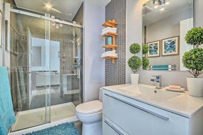 Salle de bain dont les plans d'aménagement et le design ont été réalisés par Signé Labelle
